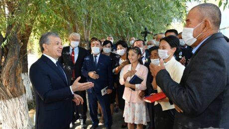 Президент РУз в рамках предвыборной кампании встретился с избирателями Каракалпакстана