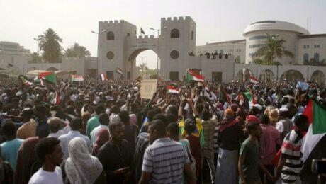 В Судане задержали всех участников переворота