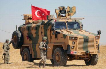 Турция направила несколько тысяч военных в Сирию