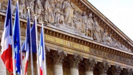 Франция прокомментировала разрыв контрактов с Австралией