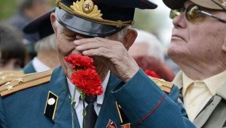 Минобороны РФ вручил подарки и материальную помощь ветеранам ВОВ