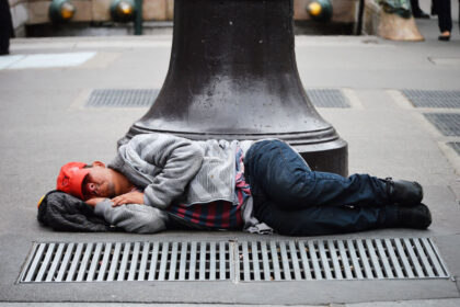 мужчина, ночевать, на улице, жить, бездомный,